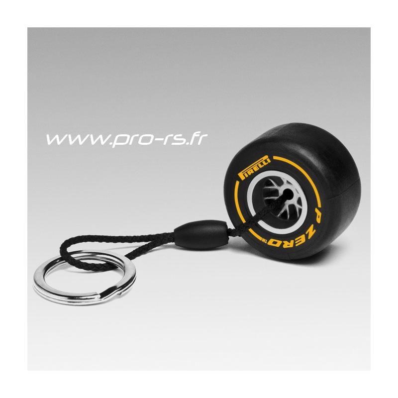 porte cl s pirelli pzero pneu tendre noir et jaune formule 1. Black Bedroom Furniture Sets. Home Design Ideas